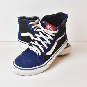 Black and Blue Kids Vans With Zip Fastening